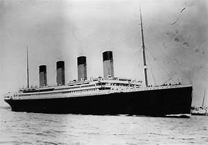 Original Titanic First Class Deck Plan Set To Fetch  U00a3