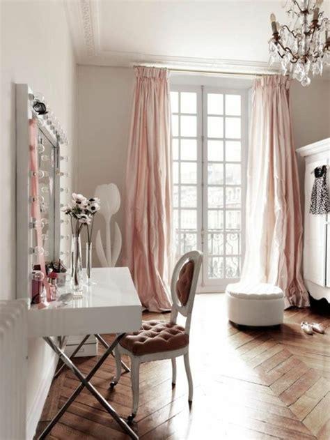 chambre style romantique la deco chambre romantique 65 idées originales archzine fr