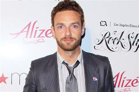 ross marquand brother ross marquand entrar 225 em the walking dead patr 237 cia