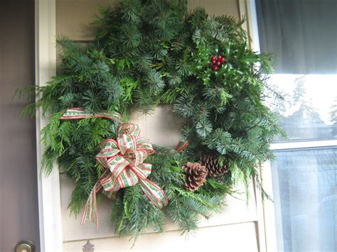 simply resourceful     christmas wreath