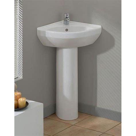 Corner Pedestal Sinks For Small Bathrooms by 1000 Ideas About Corner Pedestal Sink On
