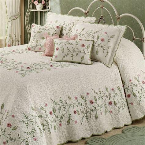 housse de couette tunisie 20 housses de couettes et couvre lits fleuris femmes de tunisie