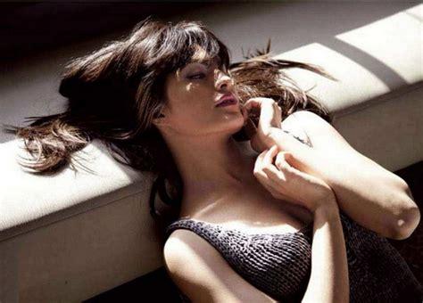 Bollywood Movies Jacqueline Fernandez Photos Murder 2