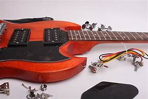 Byoguitar Sg Guitar Kit Finished With Wudtone Cherry