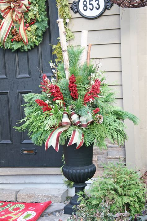 Outdoor Flower Decorations by 24 Colorful Winter Planters Outdoor