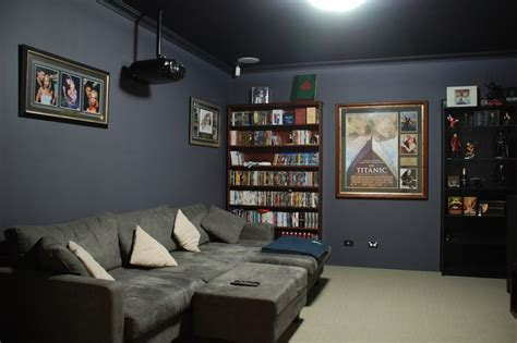 best paint colors for theater room 29 best room ideas images on home theaters home theatre and home theatre lounge