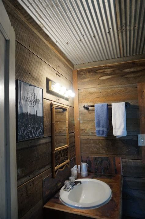 Bathroom Ceiling Ideas by The 25 Best Corrugated Metal Walls Ideas On