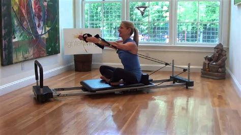 Tone Your Arms With Marjolein Brugman (10 Min Aeropilates