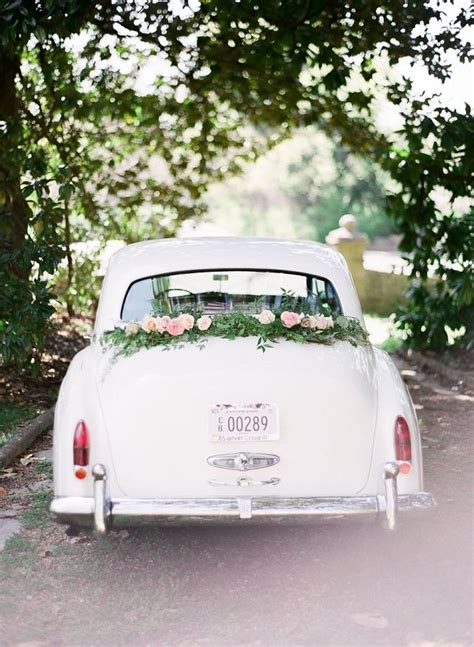Wedding Transportation by Best 25 Just Married Car Ideas On Just