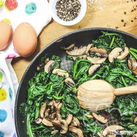 spinatpfanne mit ei essen ohne kohlenhydrate