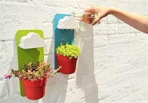 Blumentopf Für Die Wand : der wand blumentopf rainy pot sorgt f r eine regelm ige bew sserung ~ Eleganceandgraceweddings.com Haus und Dekorationen