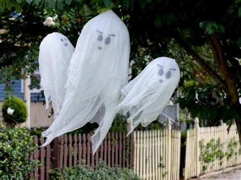 How To Make Hanging Halloween Ghosts  Howtos Diy