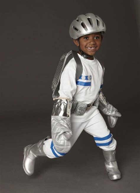 astronaut kost 252 m selber machen okul 246 ncesi etkinlikleri astronaut costume diy diy