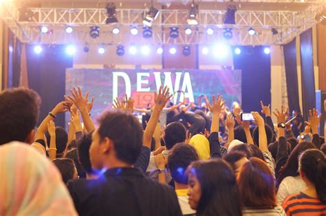 sewa led screen videotron murah rental led screen