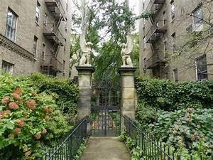 NYC's Micro Neighborhoods: Little India in Jackson Heights ...