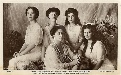 Russian Royalty Sisters The Czarina Of Russia With Her
