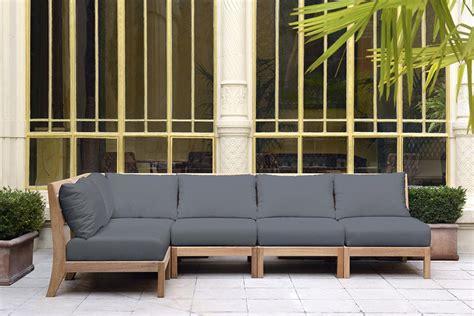 canape exterieur plastique pourquoi choisir un mobilier en teck quand les meubles de