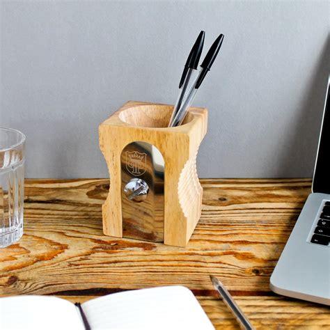 poubelle de bureau 6 pots à crayons design et pour tous les goûts les