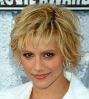 hairstyles  women    square face haircuts