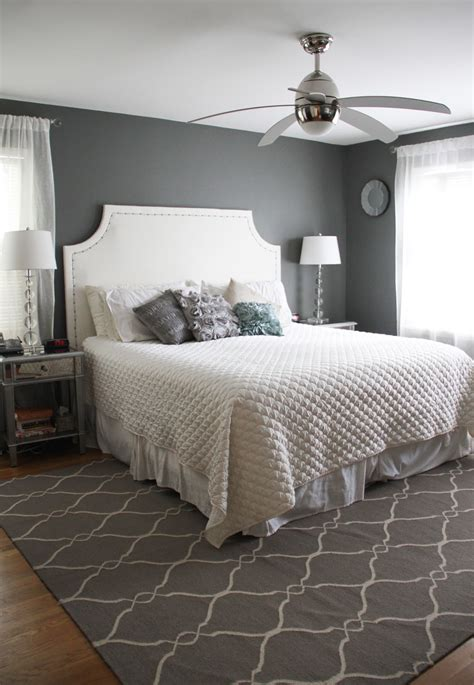 black and white striped runner master bedroom colors