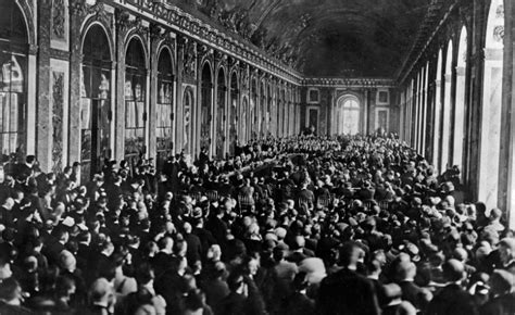 versailles treaty 1919 signing peace june pregnant history mirrors hall war counterfire written articles palace wikimedia commons