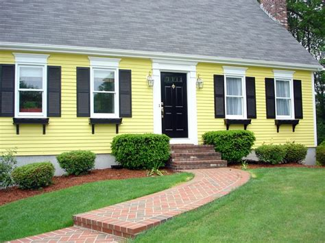 yellow paint colors for exterior 17 best images about exterior paint colors on