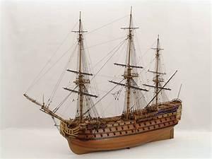 Maquettes bateaux en bois