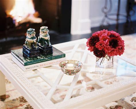 table basse en verre blanche  idees pour le salon moderne