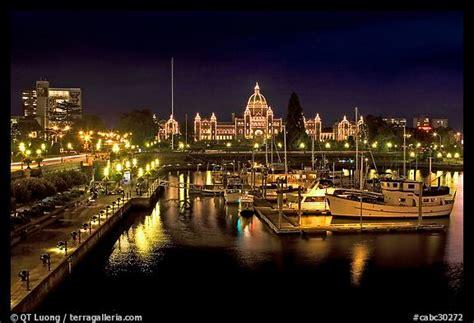 picturephoto  harbor  parliament  night