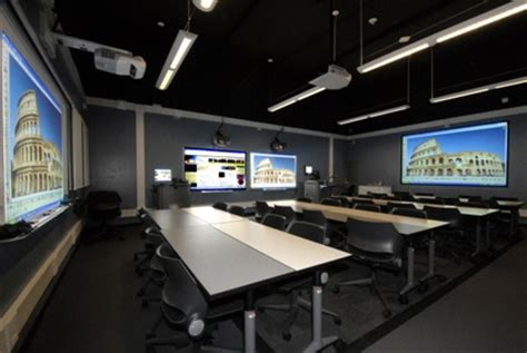 rethinking  community college classroom experience campus technology