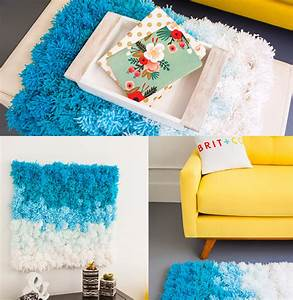 Diy pom rug wall hanging table cover