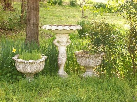 We Need Information About This Gorgeous Antique Bird Bath, Etc! » Ashley's Finds Antique Indian Paintings Style Track Lighting Case Pocket Knives Value Names To Look Out For Ann Arbor Saline Show 2017 Cast Iron Coal Fireplace Insert Towel Bar Brackets Emerald And Diamond Rings Uk