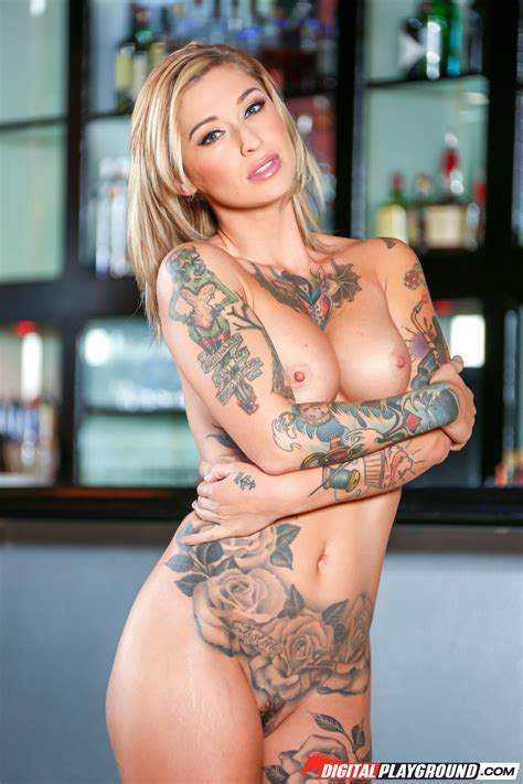 Sexy Tattooed Blonde Has Nice Round Ass Photos Kleio