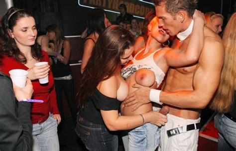 Drunk Sex Cfnm Orgy Fuckfest Club Sex Fullycl0thed