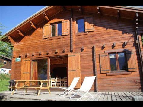 chalet 15 personnes alpes location chalet individuel chalet individuel 15 personnes de 140 m 178 au pied des pistes sauna