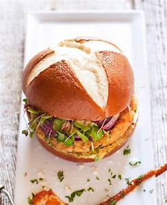 Bun Bun Burger Schwenningen : 4 inch pretzel burger bun prop peller ~ Avissmed.com Haus und Dekorationen