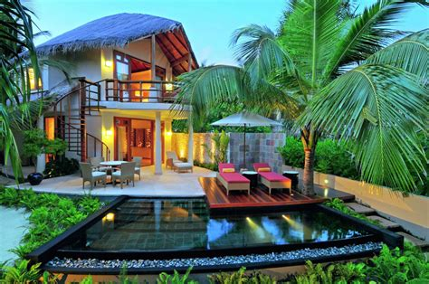 ranch style homes interior constance halaveli maldives resort in the maldives