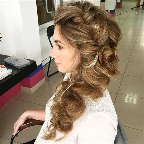 Amazing Different Types of Side Swept Hairstyles Side