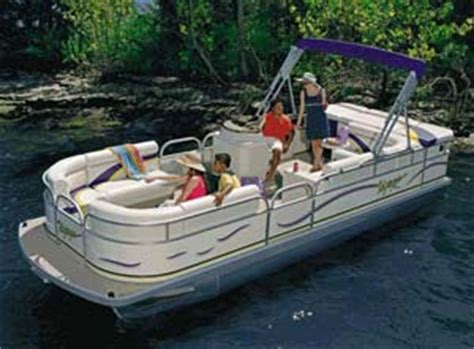 Briarcliff Boat Rental Lake Travis by Ski Pontoon Typical Of The Late Model Boats For Rent