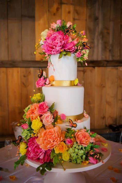 sugar flower butterfly wedding cake