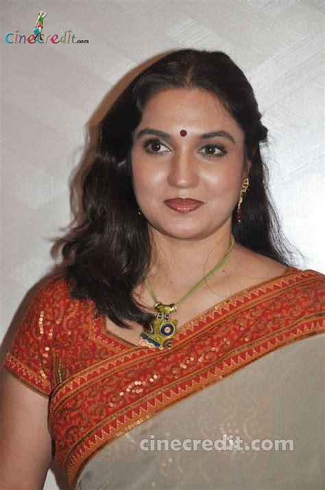 Tamil Hot Actress Hot Photos Sukanya Tamil Hot Actress
