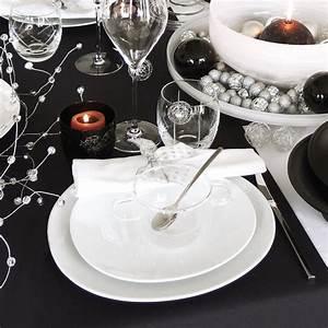 Assiette Creuse Design : assiette creuse et asym trique design en porcelaine bruno evrard ~ Teatrodelosmanantiales.com Idées de Décoration