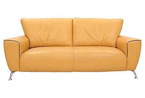 Yellow Leather Sofa And Loveseat by Best 25 Yellow Leather Sofas Ideas On Yellow