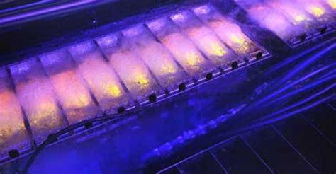 boiling liquid  cool  servers data