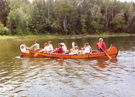 Canoes Used In The Fur Trade by The Canoe The Workhorse Of The Fur Trade White Oak Society