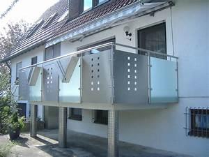 Edelstahl Sichtschutz Metall : balkongel nder mit mattglas lochblech hermann g tz metallbau edelstahldesign ~ Orissabook.com Haus und Dekorationen