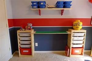 Tisch Und Stühle Für Kinderzimmer : lego tisch f rs kinderzimmer selber bauen diy ideen f r tollen spieltisch einrichtungsideen ~ Markanthonyermac.com Haus und Dekorationen