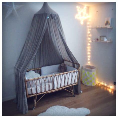 chambre en osier vendu lit bébé en rotin vintage deco trendy a t e l