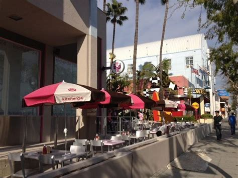 kitchen  brings west hollywood  eats  monday