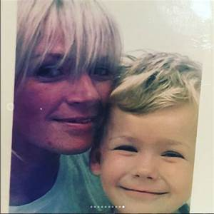 Hello Fred Instagram : zoe ball pays emotional tribute to son woody on his 17th birthday ~ Medecine-chirurgie-esthetiques.com Avis de Voitures
